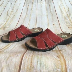Earth Shoes Gelron Red Leather Sandals